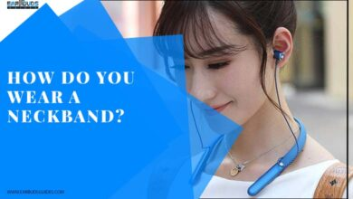 How Do You Wear a Neckband?